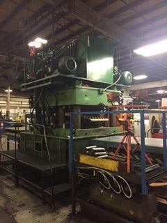 1200T Door Press