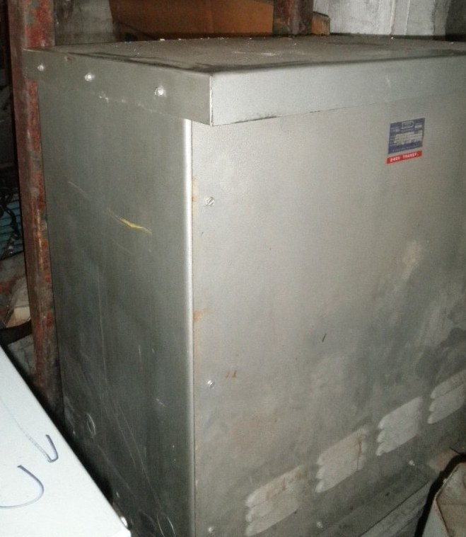 75 KVA Dongan Transformer, 600 Volt Primary to 240 / 480 Volt  Secondary, No Taps