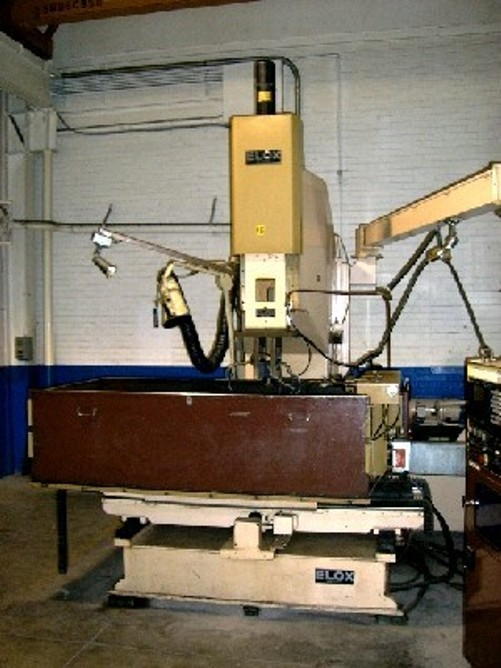 ELOX EDM Machine, No. 18-6636, 36″ Long., 16″ Cross, 72″ x 40″ x 20″ Tank, FANUC 6MB,