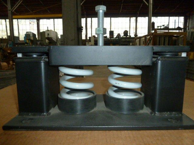 VMC, No.M2SS-1E-4000, Seismic Restraint, Two Spring, 4000 LB. Rating, Unused