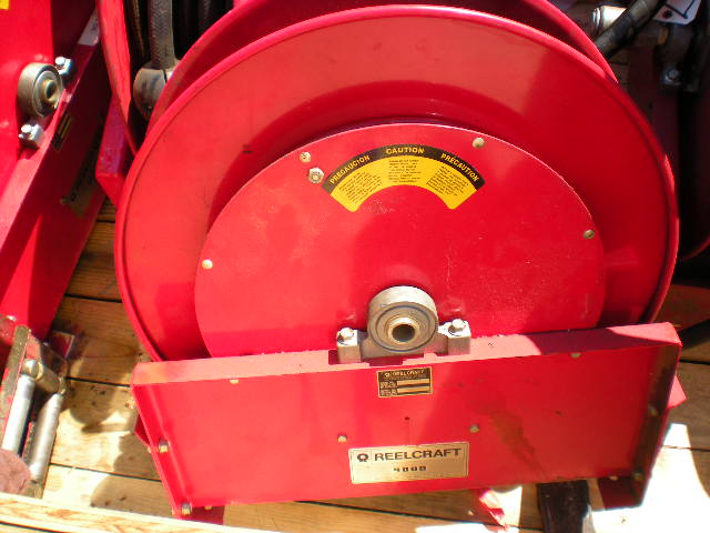REELCRAFT SPRING RETRACTABLE OIL HOSE REEL