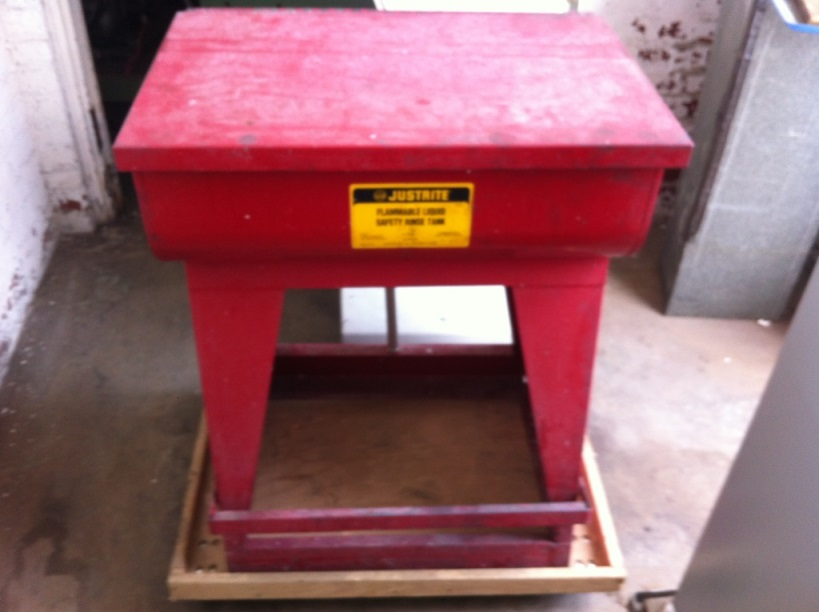 Justrite Twin Chamber Flammable Liquid Safety Rinse Tank