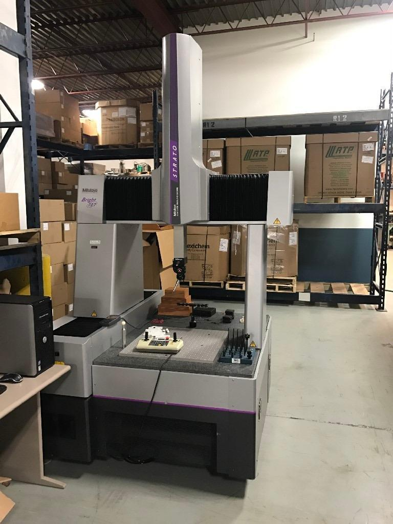 Mitutoyo Bright Strato 707 DCC Coordinate Measuring Machine (CMM)