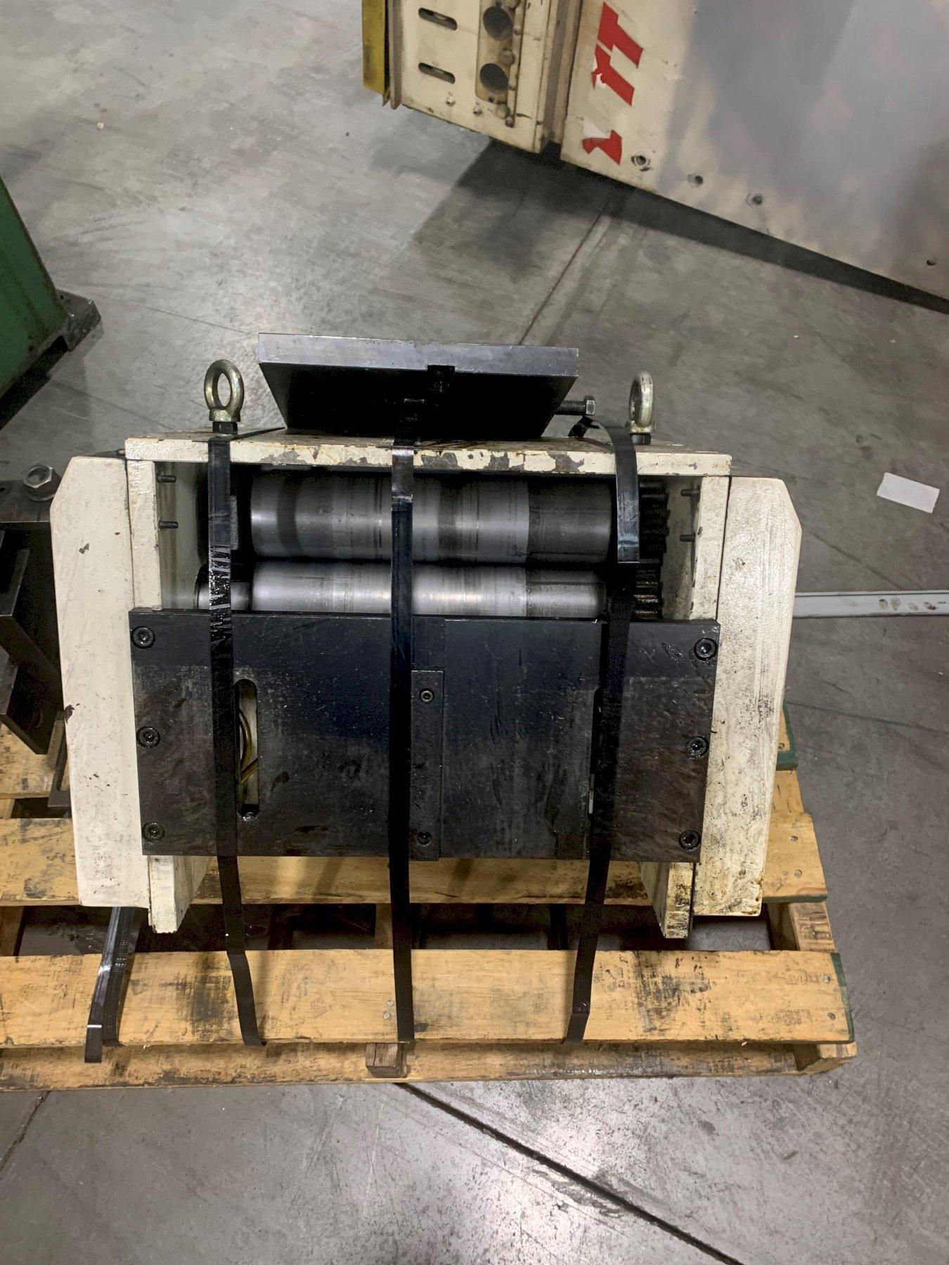 CHS Automation Servo Roll Feed Press Feed12