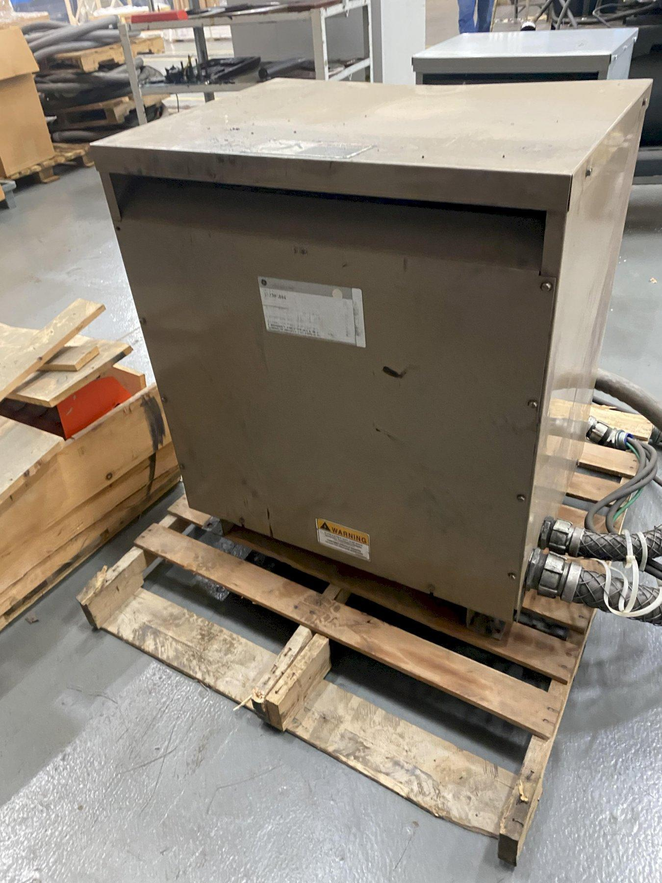 GE ELECTRICAL 3 PHASE POWER TRANSFORMER: STOCK 13698