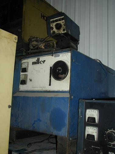 1 PREOWNED MILLER WELDER WITH MILLERMATIC 30-A CONTROL, MODEL CP 250 TS, S/N 724612089