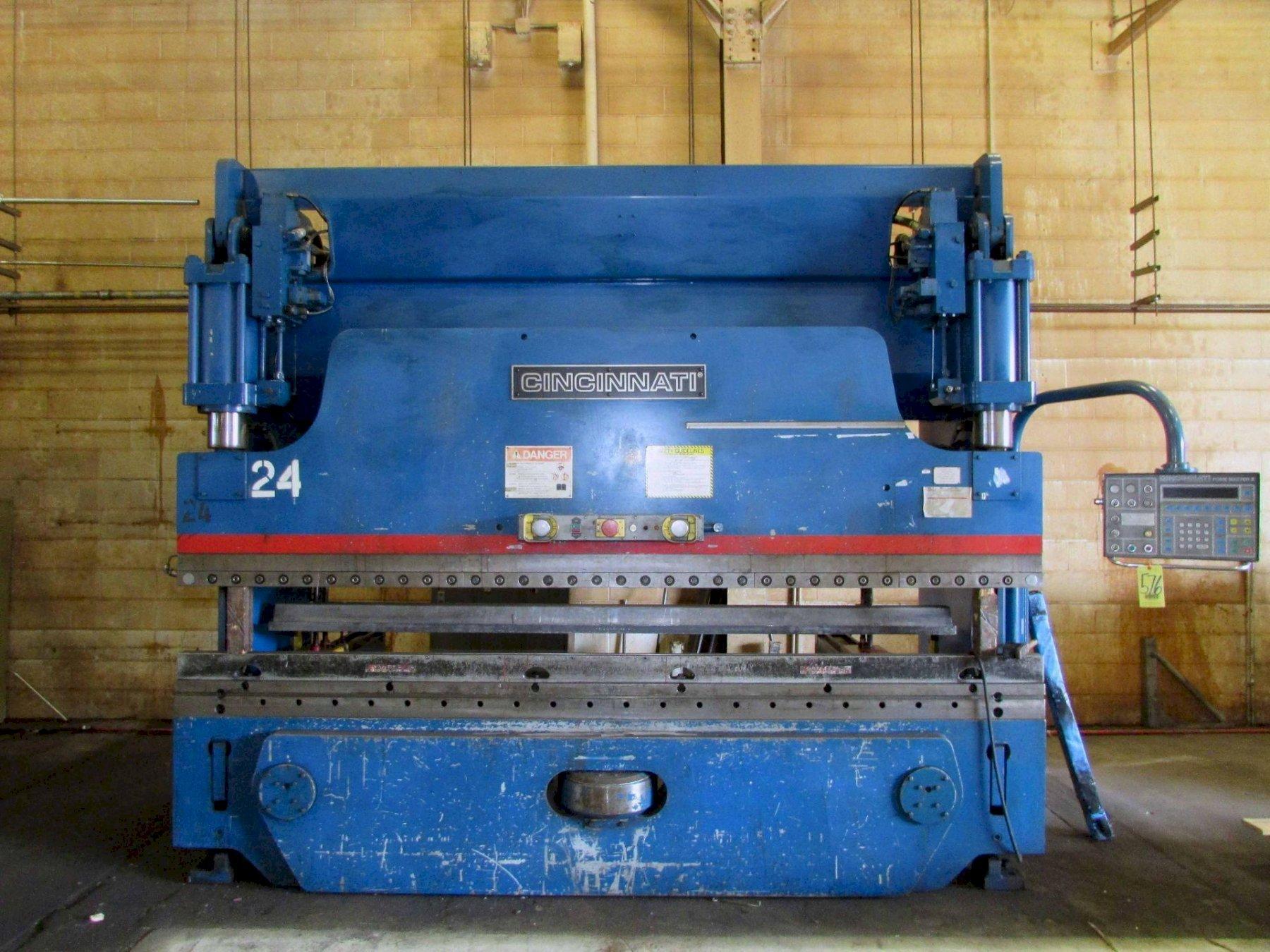 135 TON X 12' CINCINNATI MODEL #135-FMII FORM MASTER HYDRAULIC CNC PRESS BRAKE: STOCK #15384