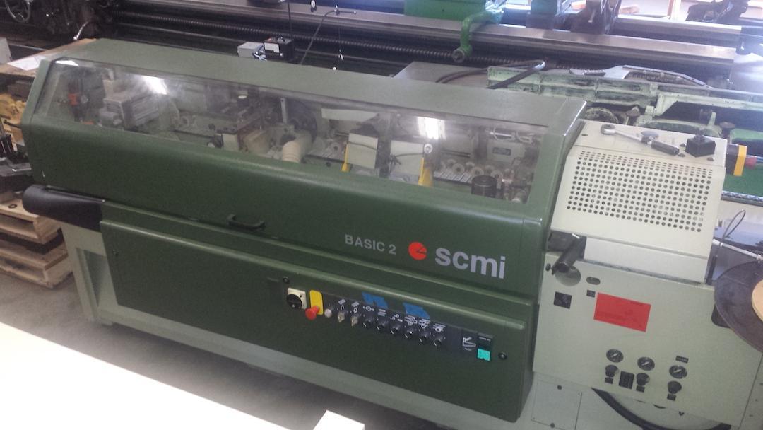 SCMI Basic-2 Single Sided Edgebander Model: Basic-2 S/N: AH/10046 Mfg: 1996