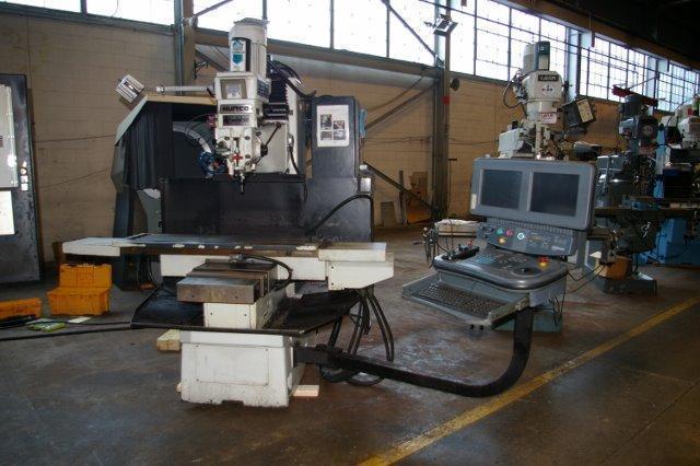 5 HP HURCO MODEL #HAWK30/DSM 3 AXIS VERTICAL CNC BED MILL