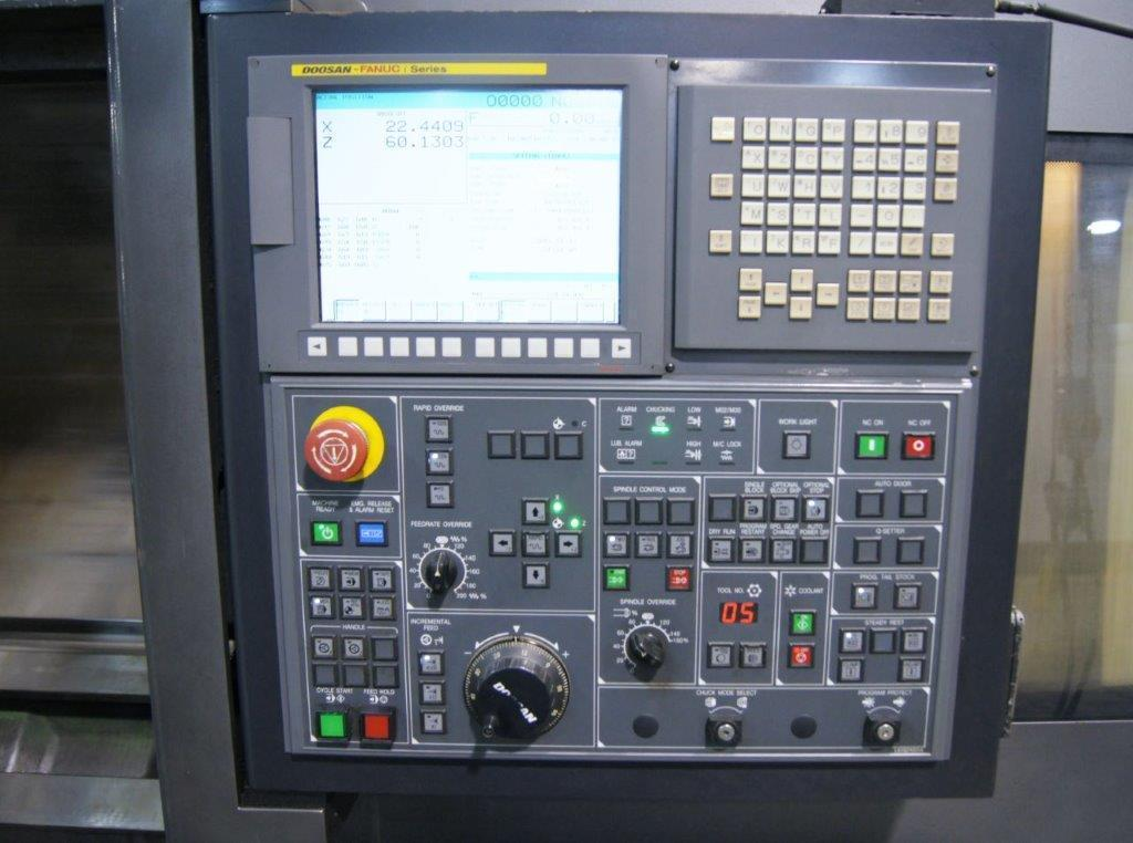 2011 Doosan Puma 480LD - CNC Horizontal Lathe