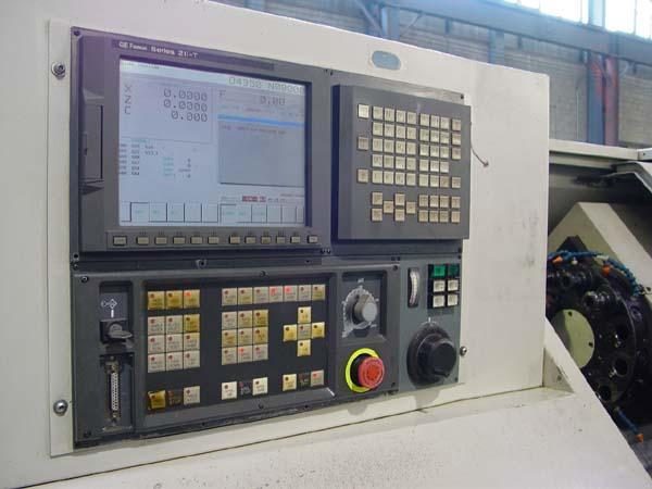 """CINCINNATI HAWK 200M, Fanuc 21i CNC, Live Tooling, 10"""" Chuck, Collect Chuck, Barfeed Interface, 21"""" Max Turning Length, Tailstock with 35"""" Centers, New 1999."""