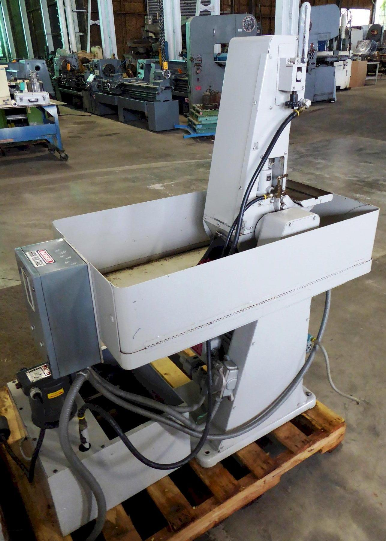 "6"" Hammond Belt Grinder No. VH-600-W, Vertical/Horizontal, Coolant, 5 HP, Excellent"