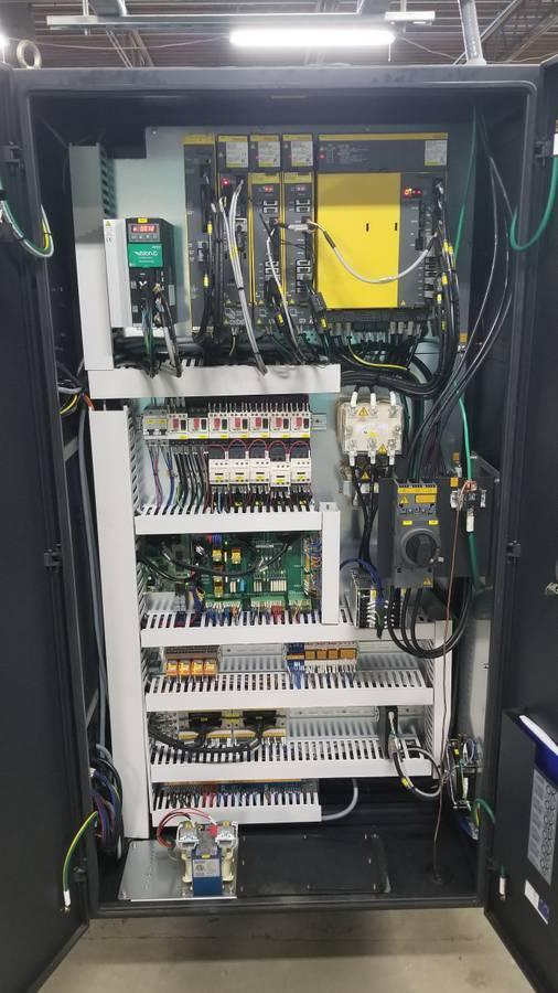 (2017) DOOSAN LYNX L220 LSYC MILL/TURN CENTER. STOCK # 1059220