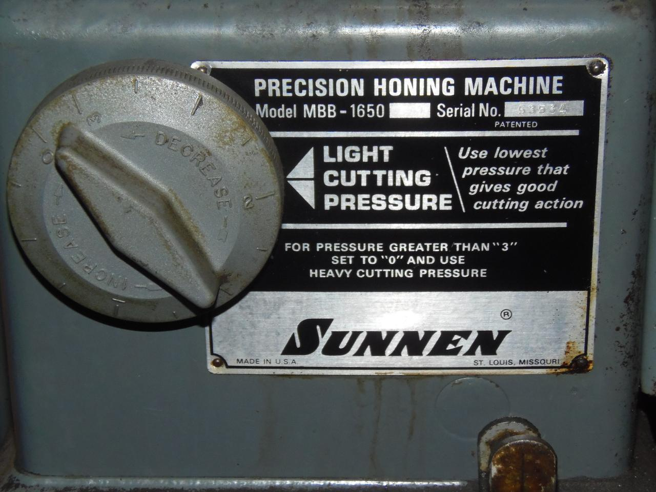 SUNNEN PRECISION HORIZONTAL HONING MACHINE, MODEL MBB-1650K/C, MISC. TOOLING