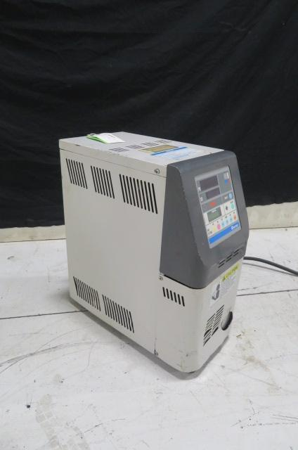 Matsui MCJ-30H Used Mold Temperature Controller, .5hp, 5kw, 460V, Yr. 2002