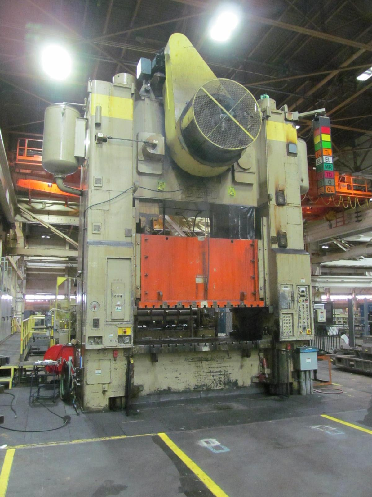 "1000 TON VERSON STRAIGHT SIDE ECCENTRIC GEARED PRESS, MODEL SE4-1000-108-72, 12"" STR, 40"" SH, 12"" ADJ, 108"" LR X 72"" FB, 20-40 SPM, WITH WEAN FEEDLINE"