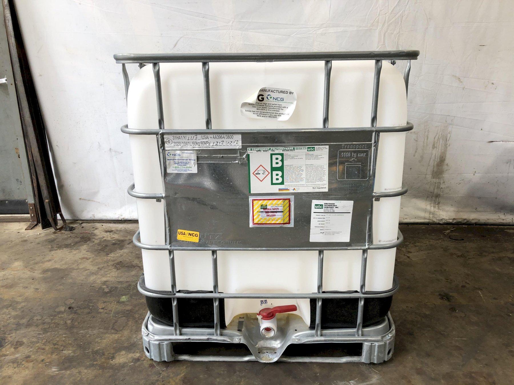 (48) 250 GALLON IBC WATER PLASTIC TOTES: STOCK #13496