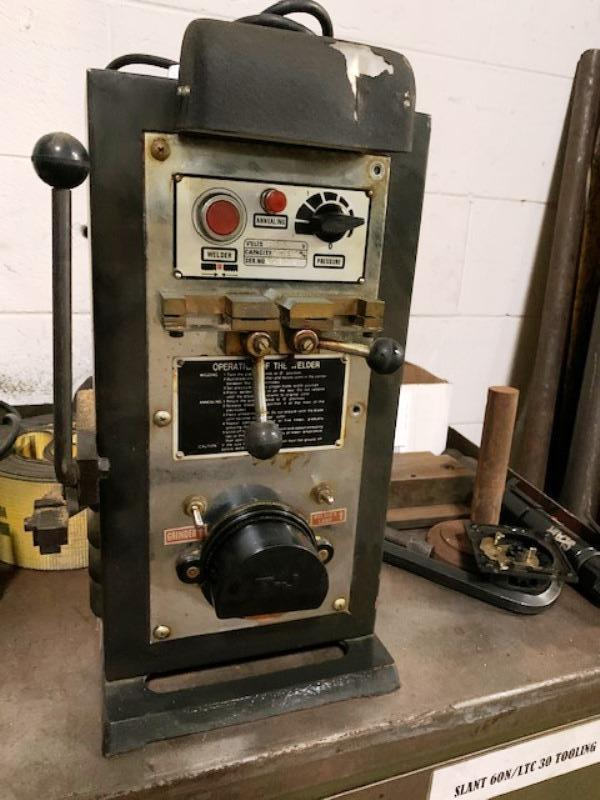 T-J MODEL TJ-20 BAND SAW WELDER