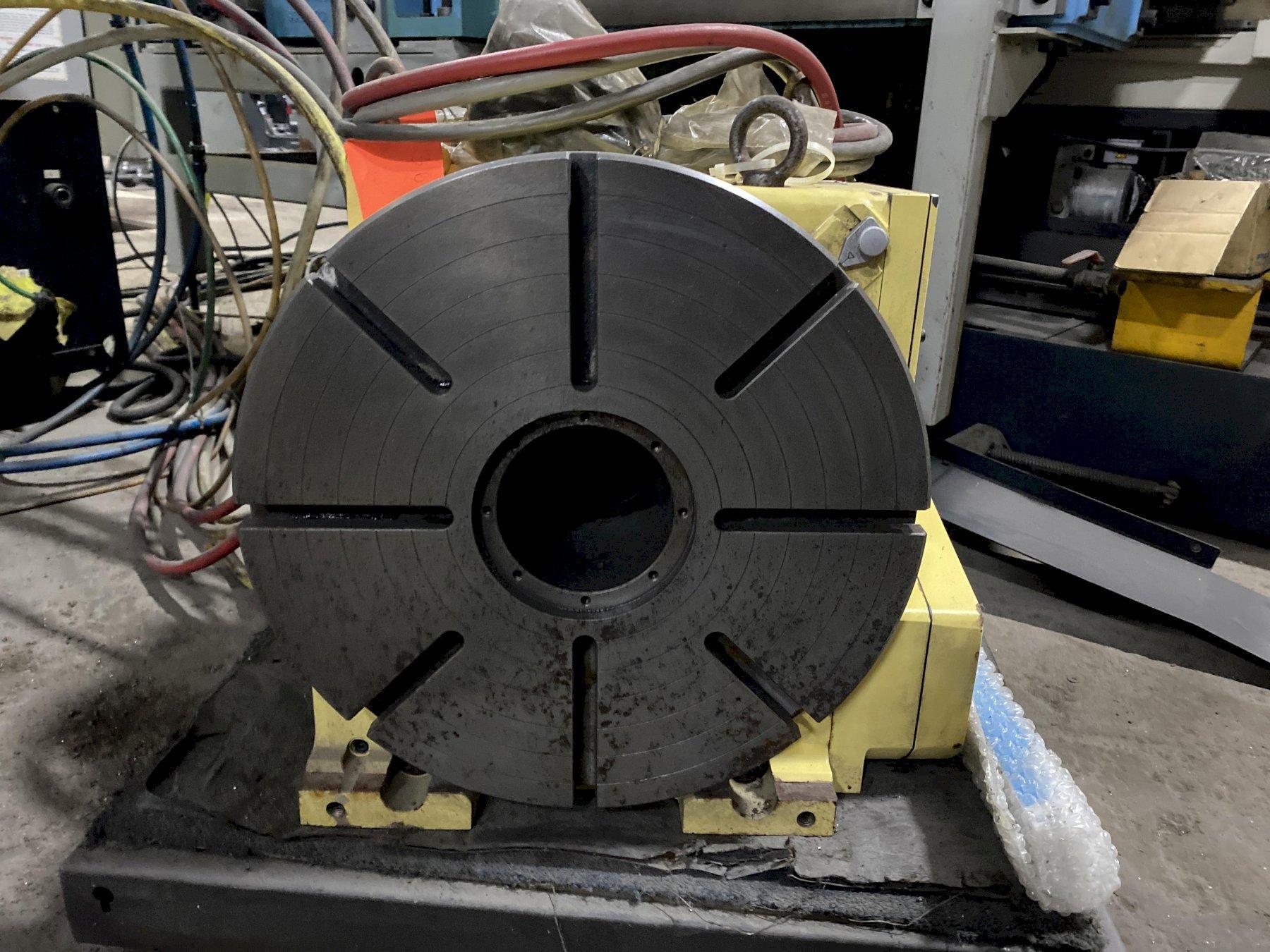 2002 MAKINO V77 w/4th Axis - Vertical Machining Center