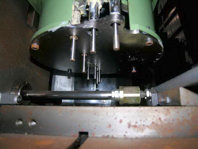 TAUMEL MODEL SO2000 ORBITAL RIVET SPINNER