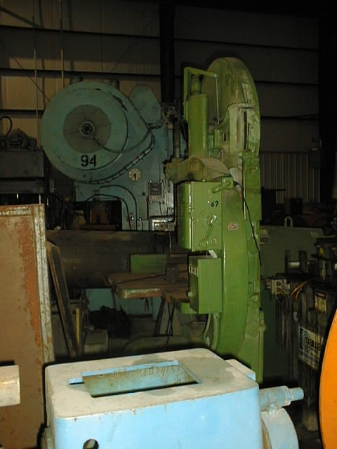 "36"" MOAK VERTICAL BAND SAW"