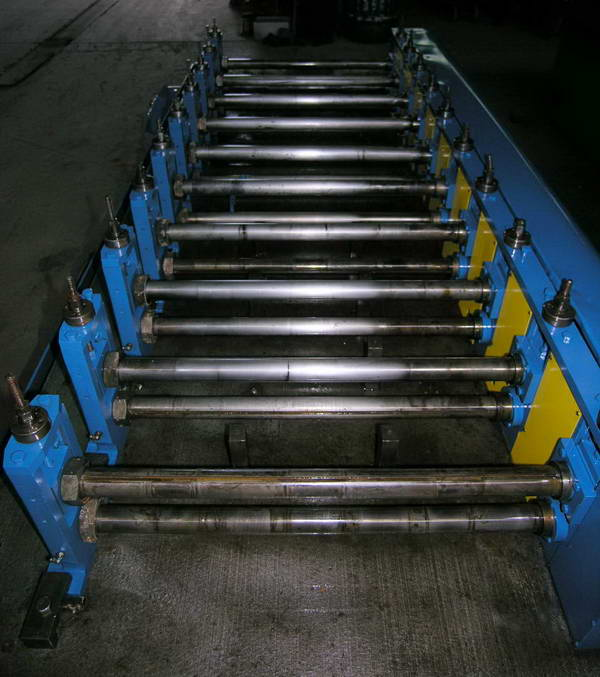 10 STAND LOCKFORMER ROLL FORMER, CHAIN DRIVEN