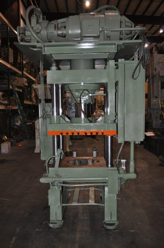250 TON DAKE HYDRAULIC 4 POST PRESS