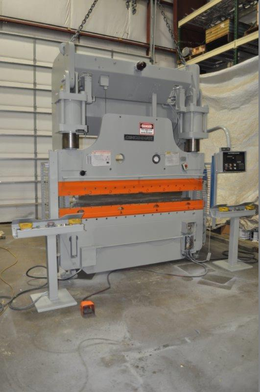 230 TON CINCINNATI HYDRAULIC PRESS BRAKE