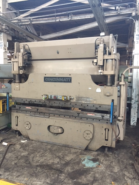 90 TON x 10' CINCINNATI HYDRAULIC PRESS BRAKE