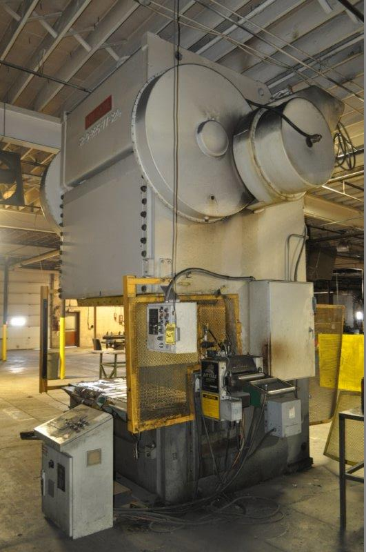 225 TON NIAGARA  DOUBLE CRANK GAP FRAME PRESS