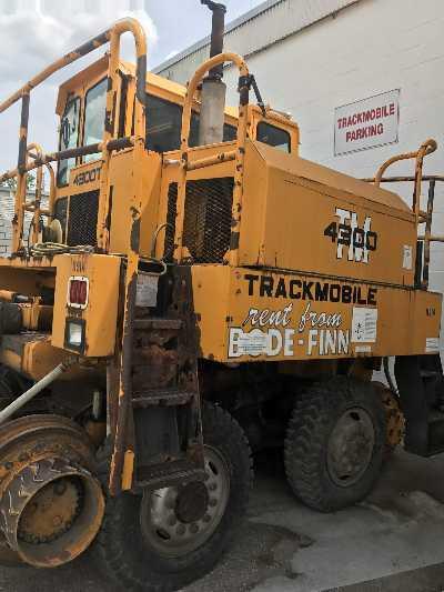 4300 TM TRACKMOBILE
