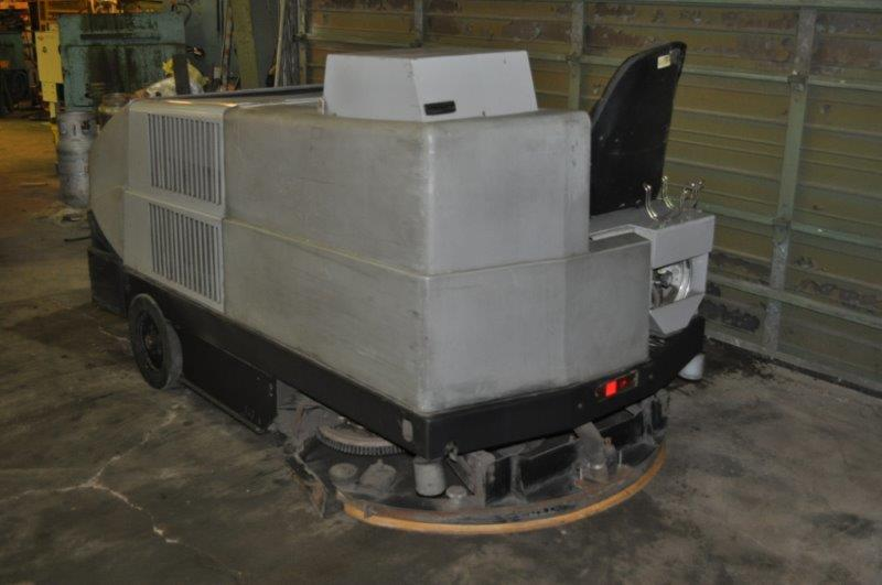 "55"" WIDE AMERICAN LINCOLN SWEEPER SCRUBBER"