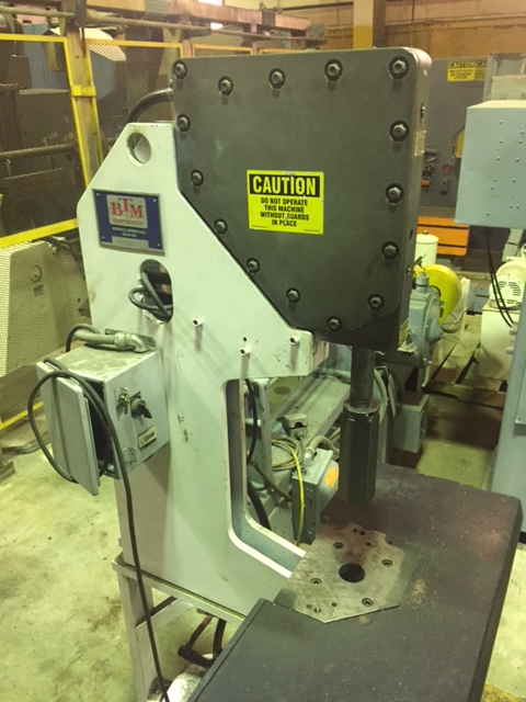 5 TON BTM PNEUMATIC TOGGLE PRESS