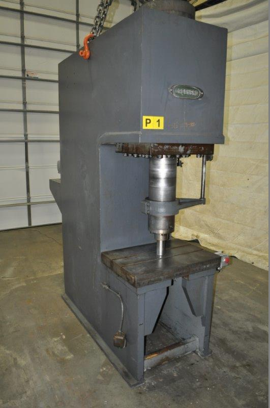 100 TON GREENERD HYDRAULIC PRESS