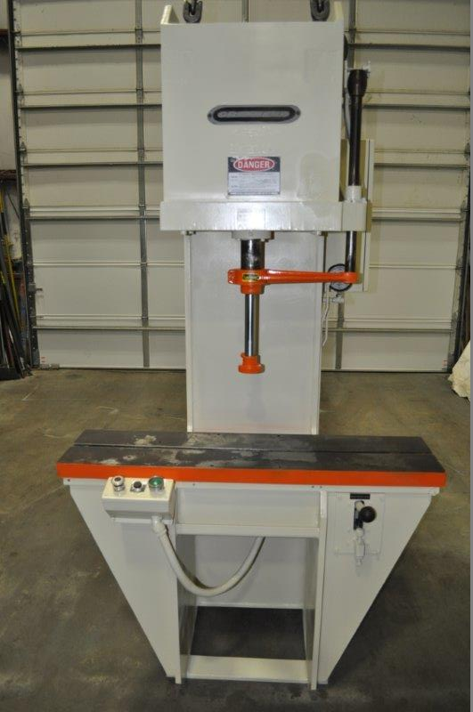 12 TON GREENERD HYDRAULIC PRESS
