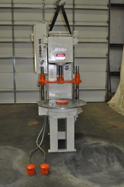 6 TON DENISON HYDRAULIC PRESS WITH 6 STATION ROTARY TABLE