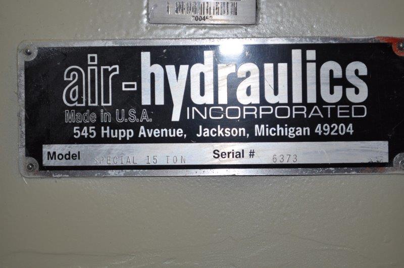 15 TON AIR-HYDRAULIC HYDRAULIC PRESS