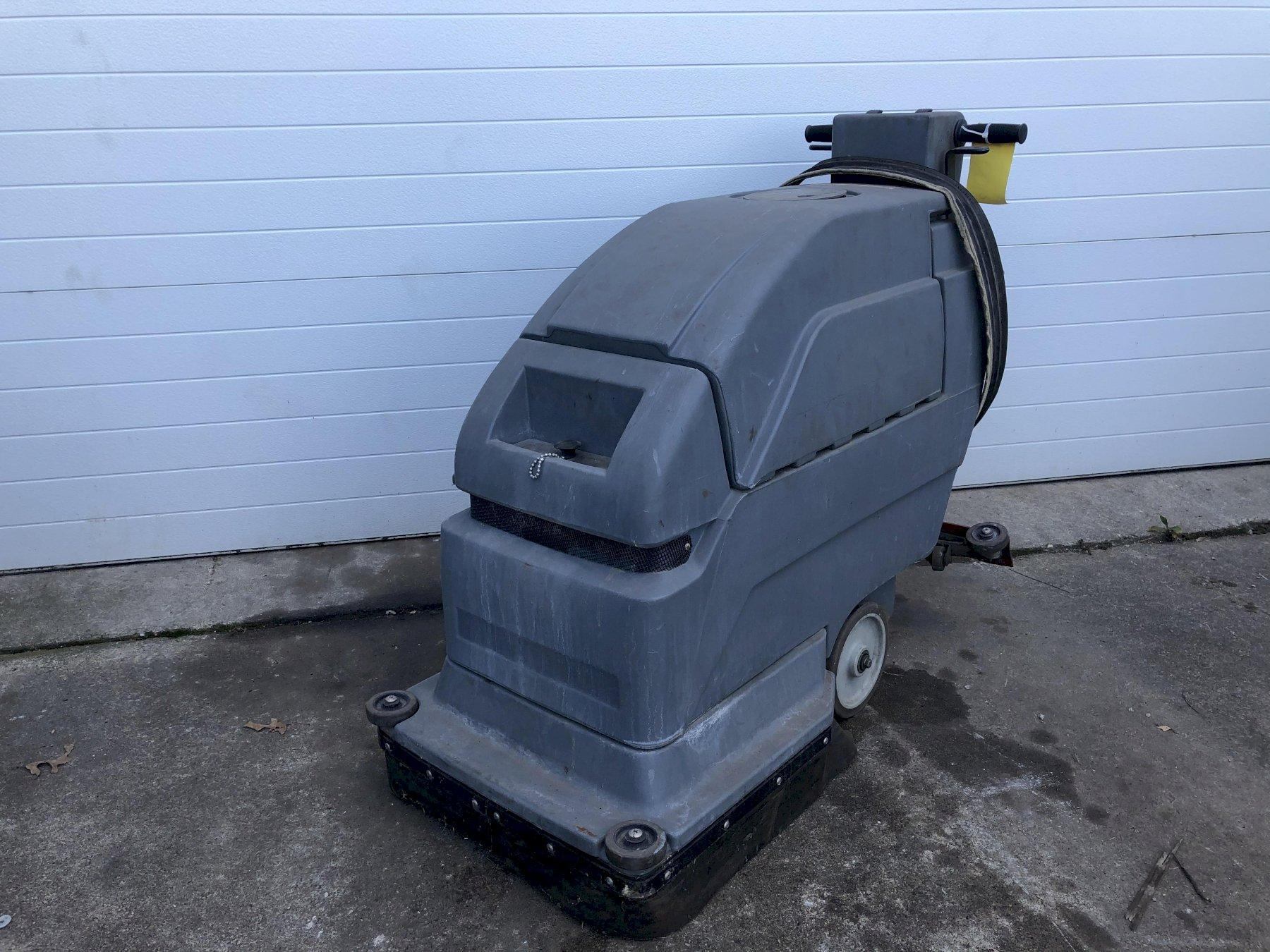 CASTEX MODEL FS-2000 AUTO FLOOR SCRUBBER: STOCK #14006