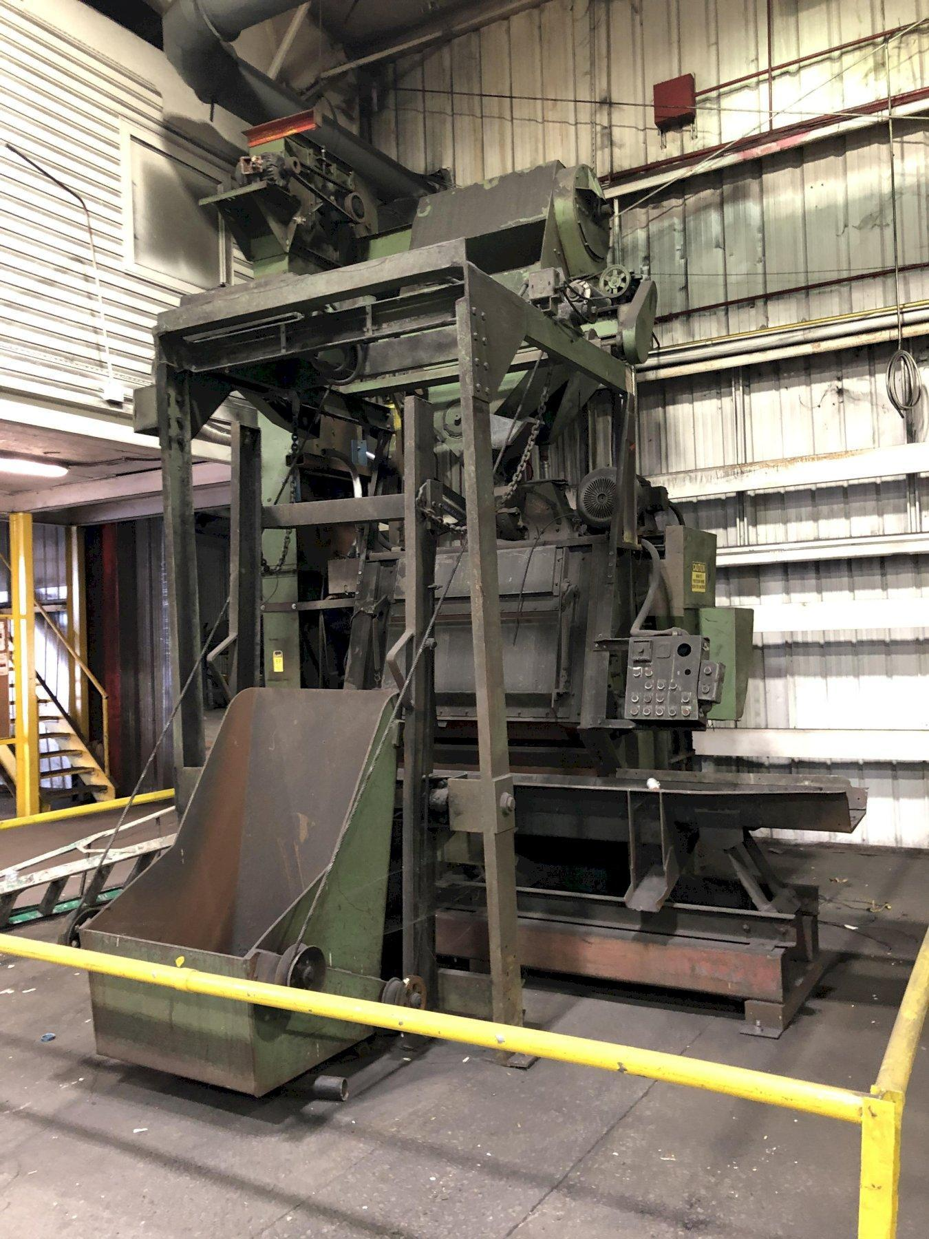 """WHEELABRATOR MODEL 7 CU FT TUMBLAST CLEANING MACHINE S/N A121524 WITH FLOOR LOADER, 24"""" X APPROX. 11' DISCHARGE OSCILLATING CONVEYOR WITH DRIVE"""