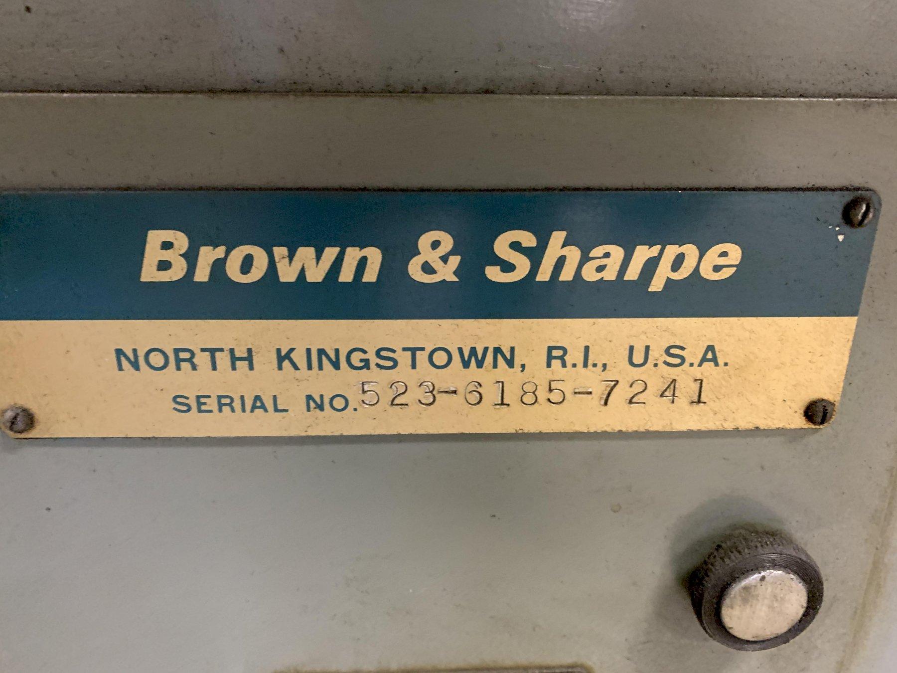Brown & Sharpe Visual Grinder 618, S/N 523-6185-7241.