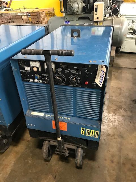 MILLER 450 amp PULSTAR 450 Constant Potential DC Mig Welder Power Source On Cart.