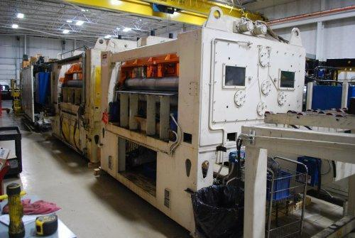 """FEED LEASE RF-672 Servo Feed on a cabinet with 60"""" Automatic Feed Powered Straightener"""