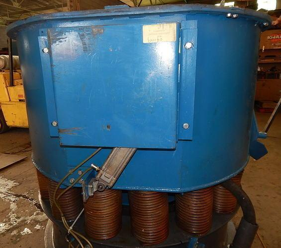 USED WALTHER TROWAL MODEL CD 400 8.83 CU. FT. VIBRATORY BOWL, Stock # 10806, Year 2004