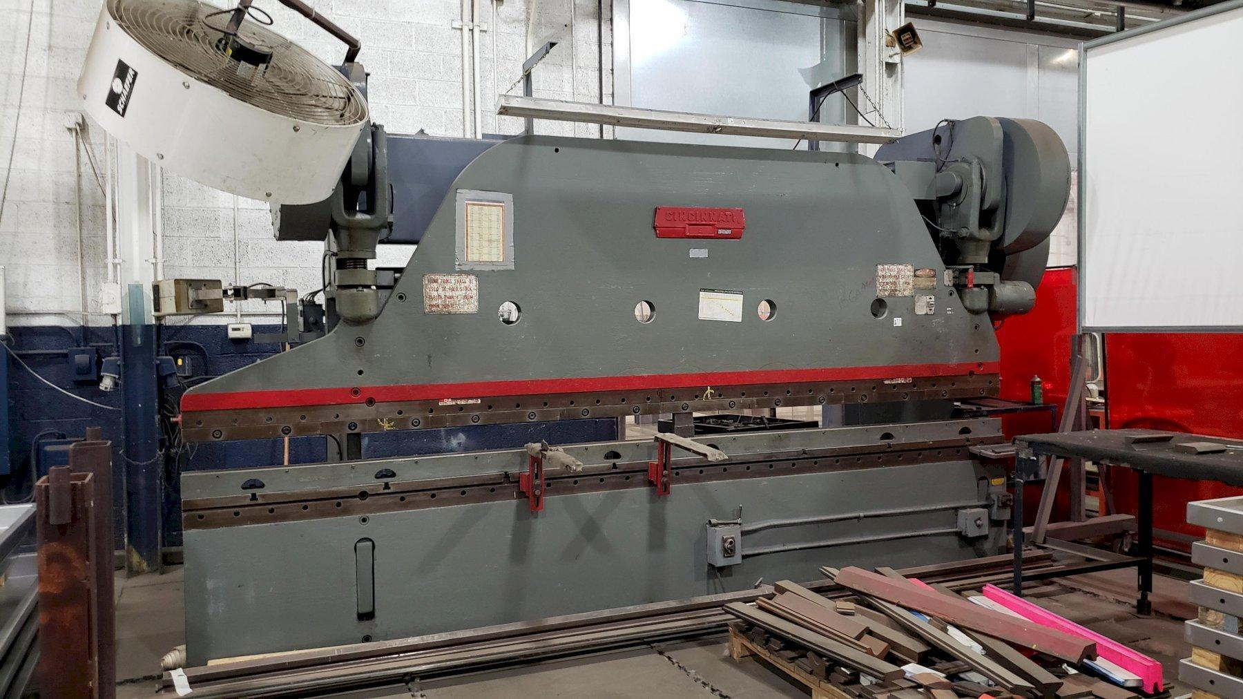225 TON X 16' CINCINNATI SERIES 9 MECHANICAL PRESS BRAKE. STOCK # 0104320