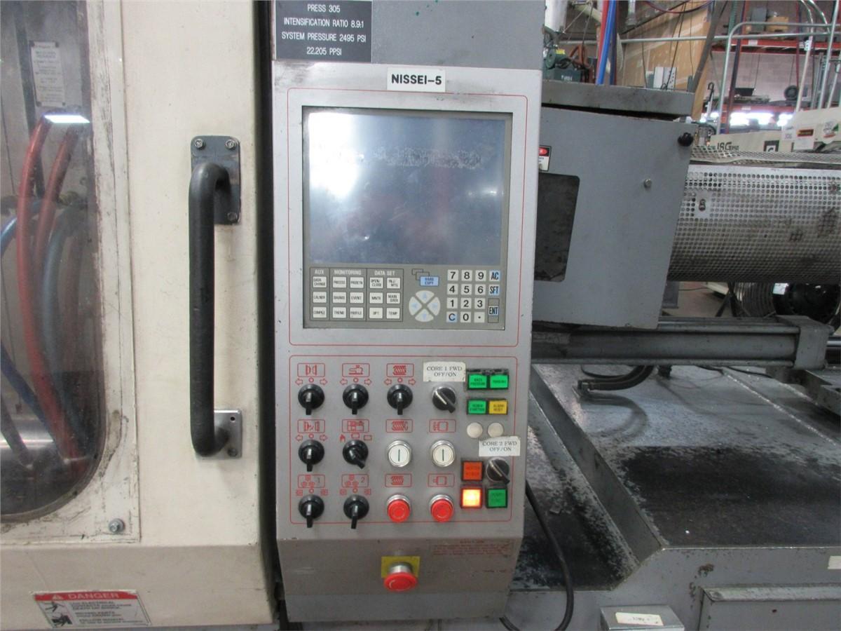 Nissei Used FN6000-71A Injection Molding Machine, 309 US ton, Yr. 2001, 29.9 oz.