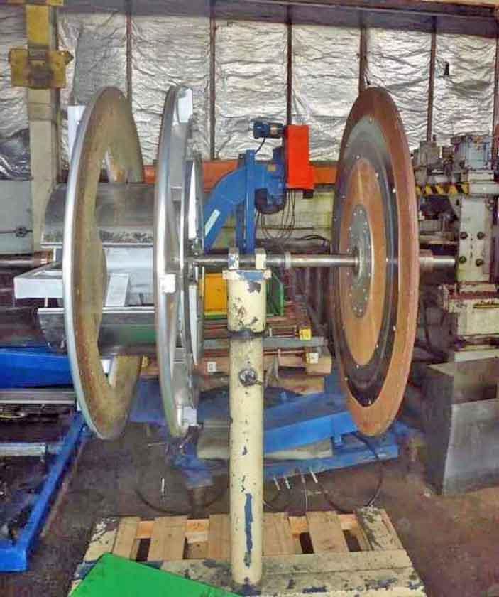 """Tube Straightener & Cutoff, Oak, 1.125"""" Dia."""