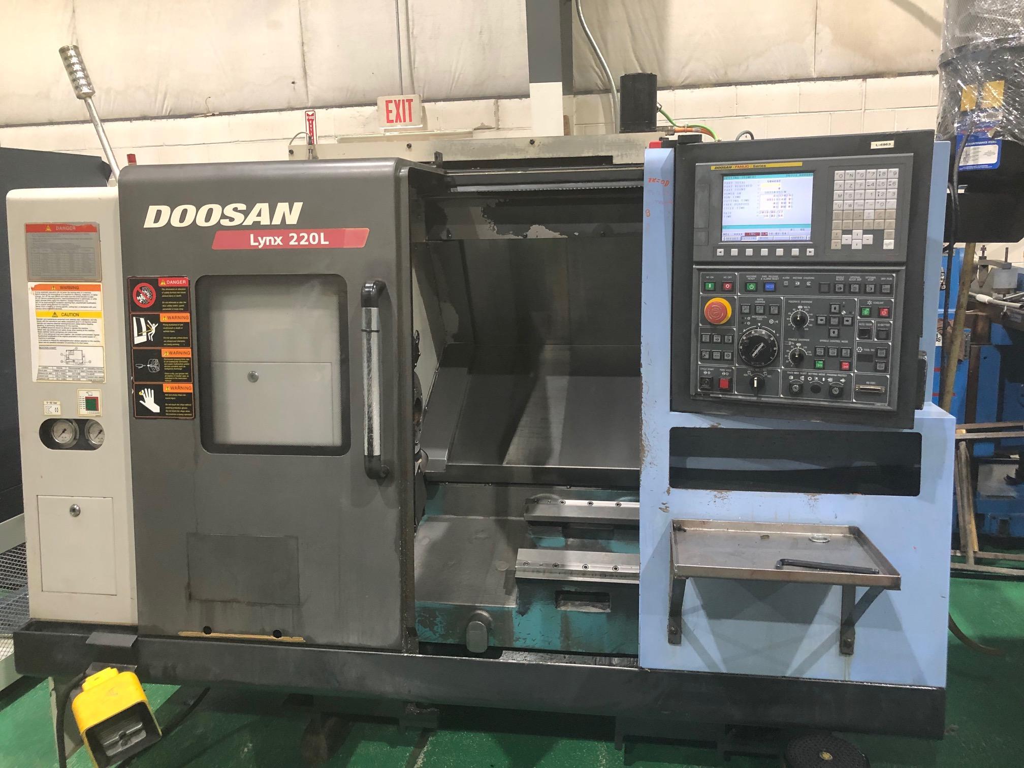 2013 DOOSAN Lynx 220LC - CNC Horizontal Lathe