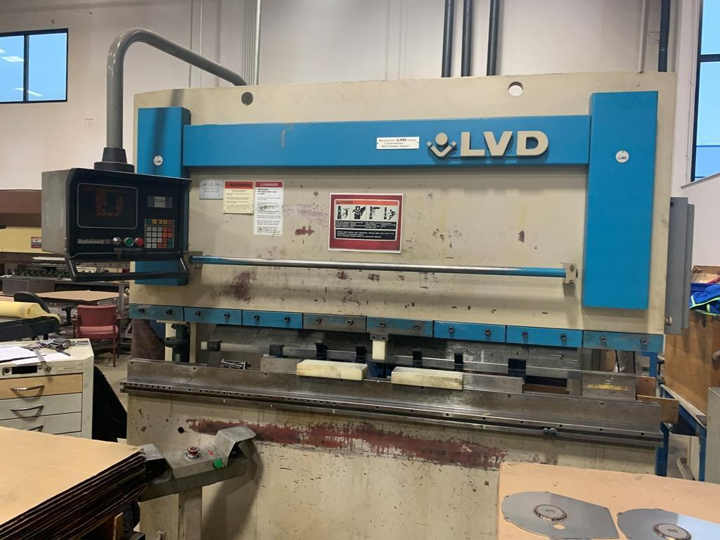 45 TON LVD MODEL 45JS06 CNC HYDRAULIC PRESS BRAKE