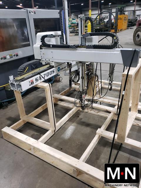 Star Used SA-700S Servo Robot, 80-300 US ton, Yr. 2010 - TWO AVAILABLE