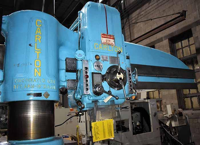 """8' x 19"""" CARLTON RADIAL ARM DRILL, Model 4A, 8' Arm Length, 19"""" Column, Power Clamping, Power Elevation of Arm, Rapid Power Traverse of Head, L-Base Extension, Universal Box Table, Add-on Trunnion Table, Low Use from Aerospace."""